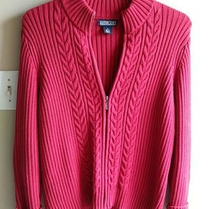 Nwot. Never Worn very thick lands end red zip up